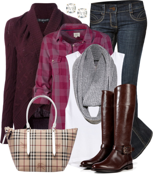 Burberry Tote & Boots Casual Fall Outfit Outfitspedia