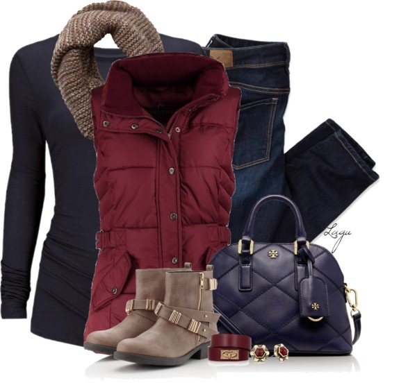 Cozy Dark Blue Burgundy Fall Winter Outfit Outfitspedia
