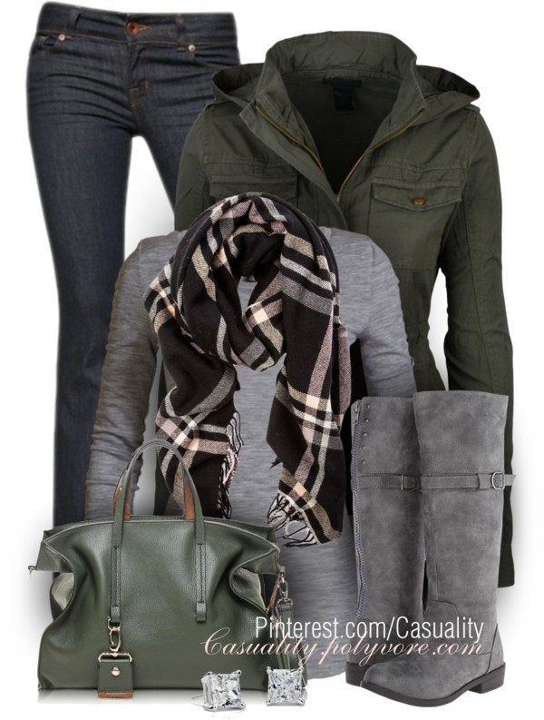Utility Jacket and Grey T-Shirt Fall Outfit outfitspedia