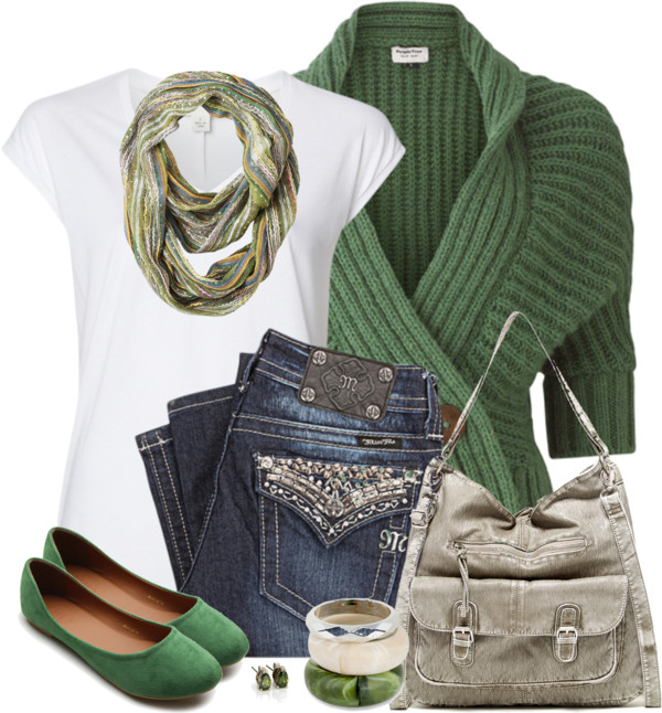 Casual Green Flats St. Patrick Day Outfit outfitspedia