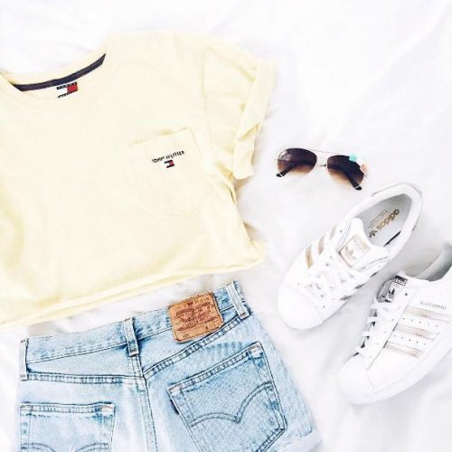 casual crop top summer outfit 2